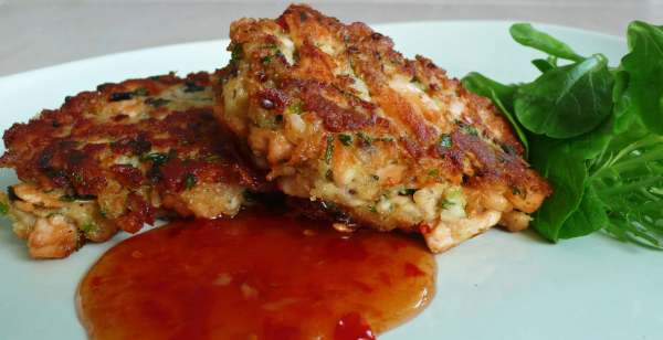 salmon_fishcakes_causticcandy